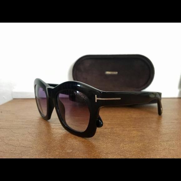 7a6de64fef28 Tom Ford Greta Sunglasses. M 5a4ea5a384b5ce2b62005e1c